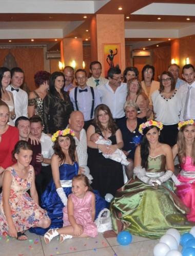 Ursitoare botez Piatra Neamt, Spectacole live, personalizate, inchirieri, preturi, contact, cumatrie, petrecere, eveniment, oferte, bule de sapun, jumbo,