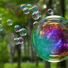 Masina de baloane de sapun - inchirieri la nunta sau cumatrie in Iasi