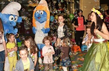 strumf si strumfita restaurant ramada iasi - petreceri copii