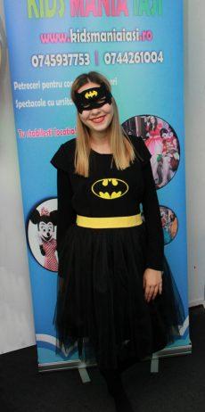 Batgirl sau prietena lui Batman la petreceri pentru copii in Iasi